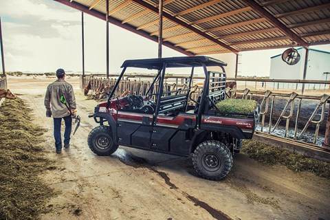 2017 Kawasaki Mule PRO-DXT EPS LE Diesel in Fort Pierce, Florida