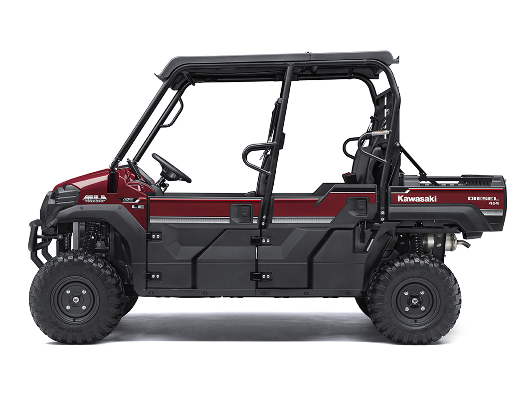 2017 Kawasaki Mule PRO-DXT EPS LE Diesel in Traverse City, Michigan