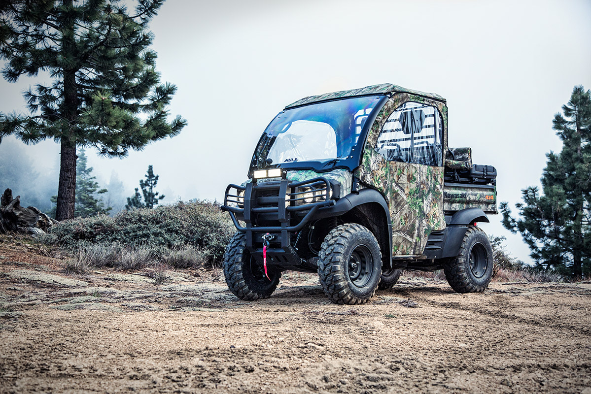 2017 Kawasaki Mule SX 4x4 XC Camo in Greenwood Village, Colorado