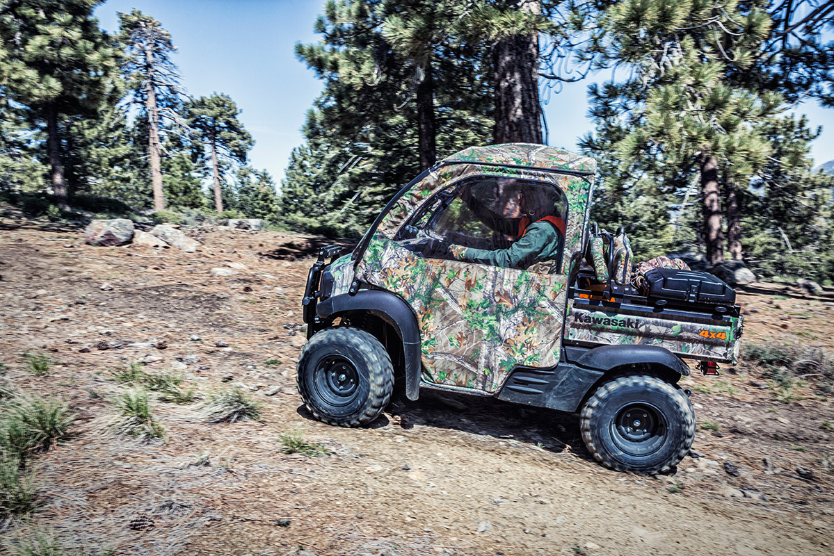 2017 Kawasaki Mule SX 4x4 XC Camo in Dimondale, Michigan