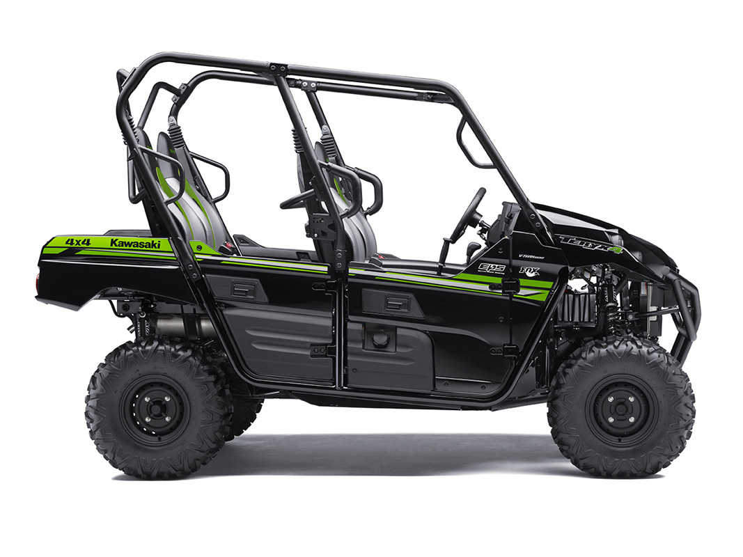 2017 Kawasaki Teryx4 in Fairfield, Illinois