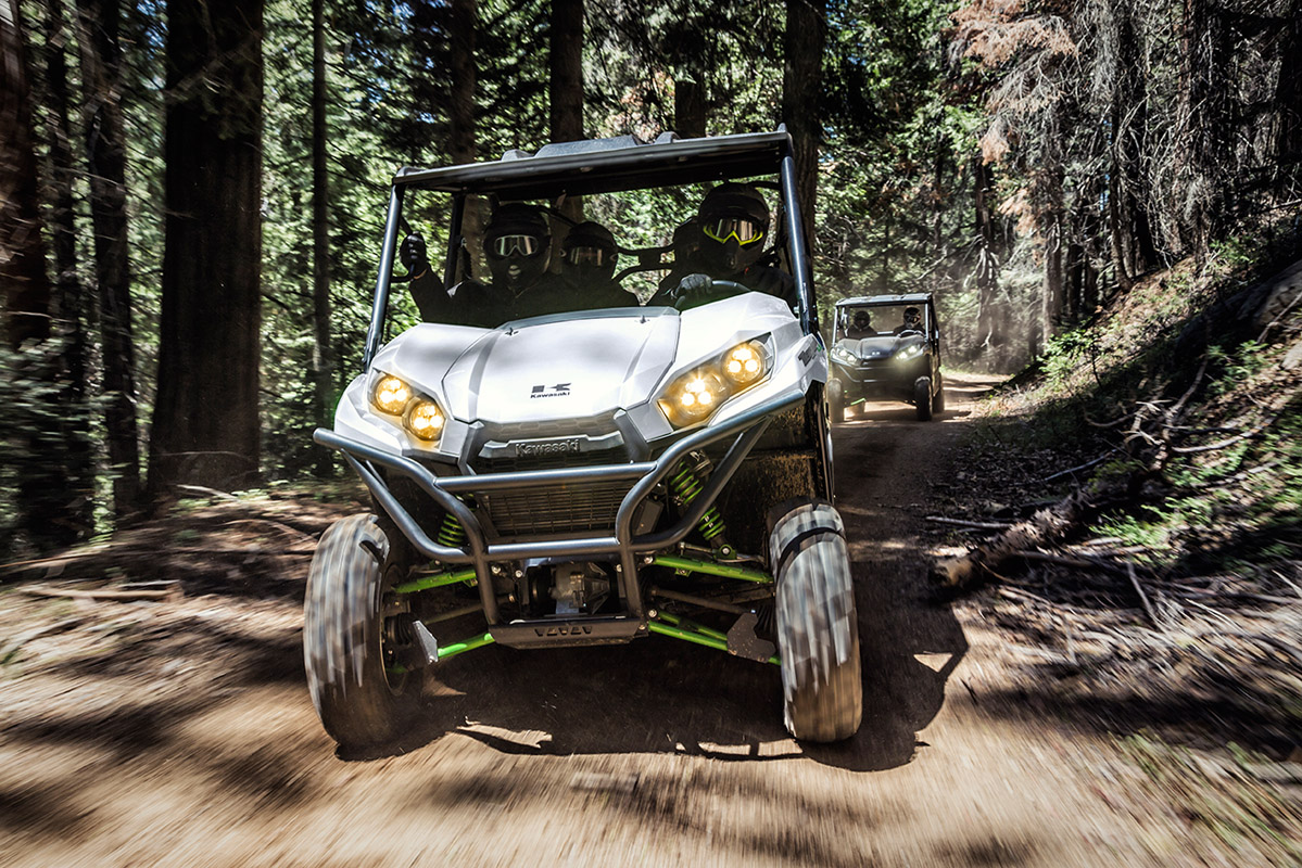2017 Kawasaki Teryx4 LE in Greenwood Village, Colorado