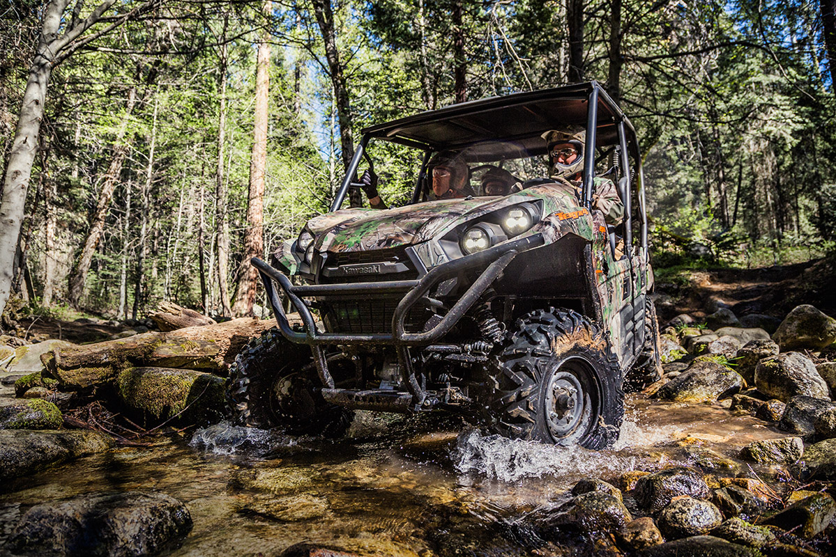 2017 Kawasaki Teryx Camo in Hickory, North Carolina