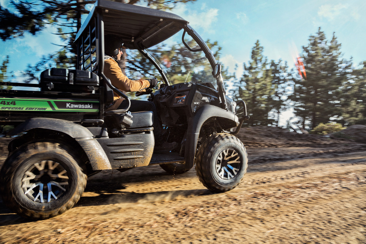 2018 Kawasaki Mule SX 4X4 XC SE in Moses Lake, Washington