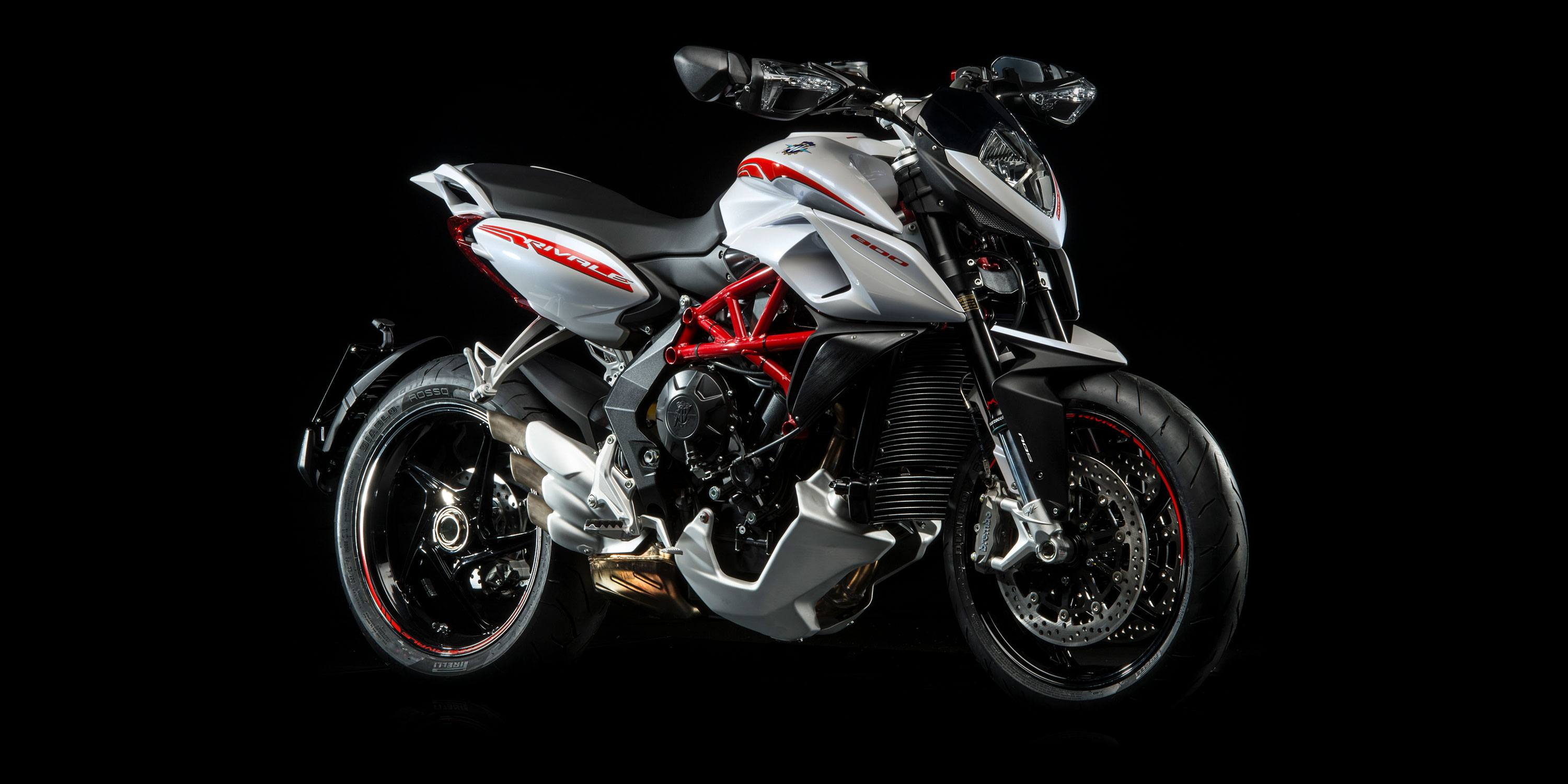 2016 MV Agusta Rivale 800 in Bellevue, Washington