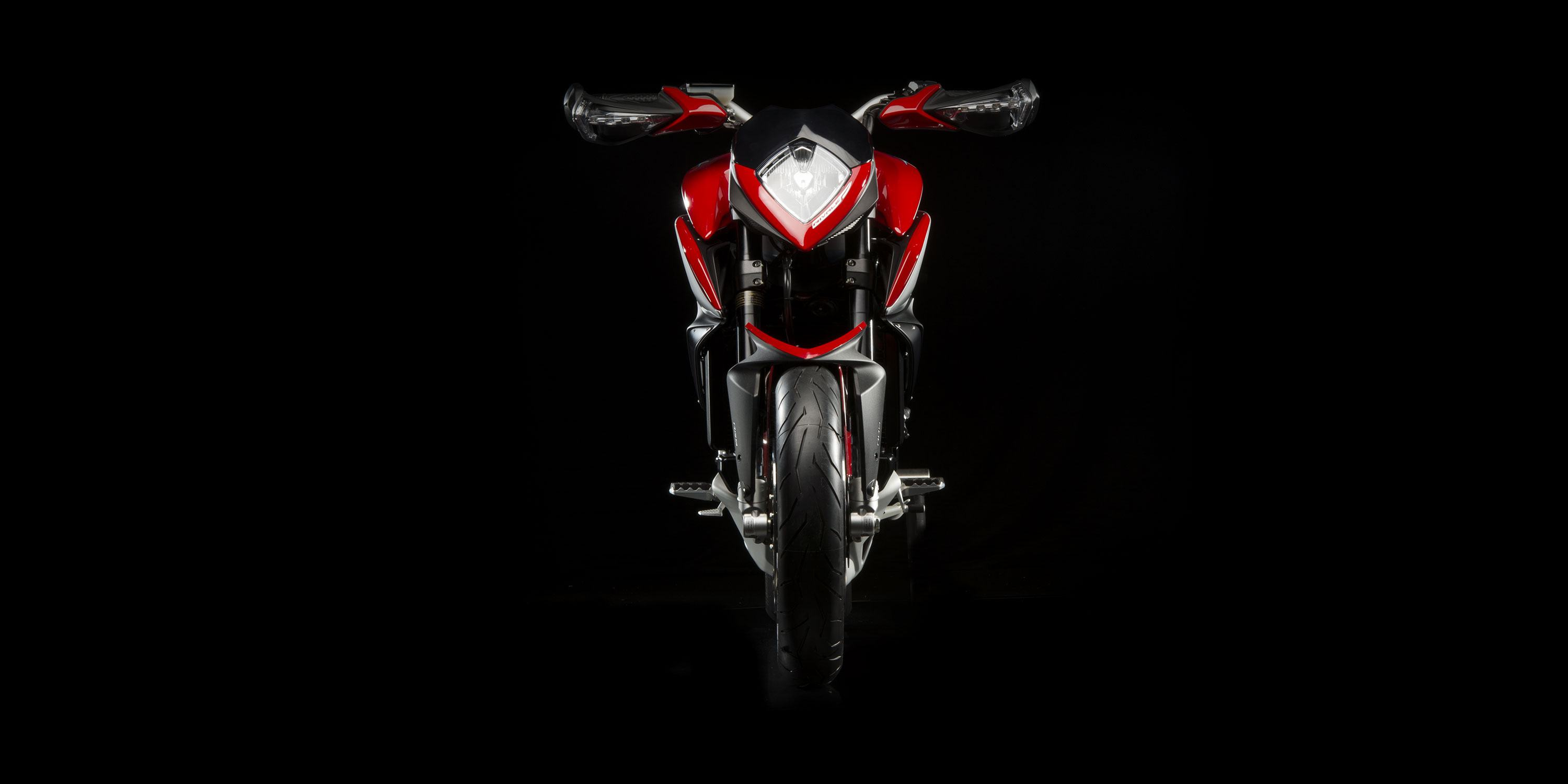 2016 MV Agusta Rivale 800 in San Bernardino, California