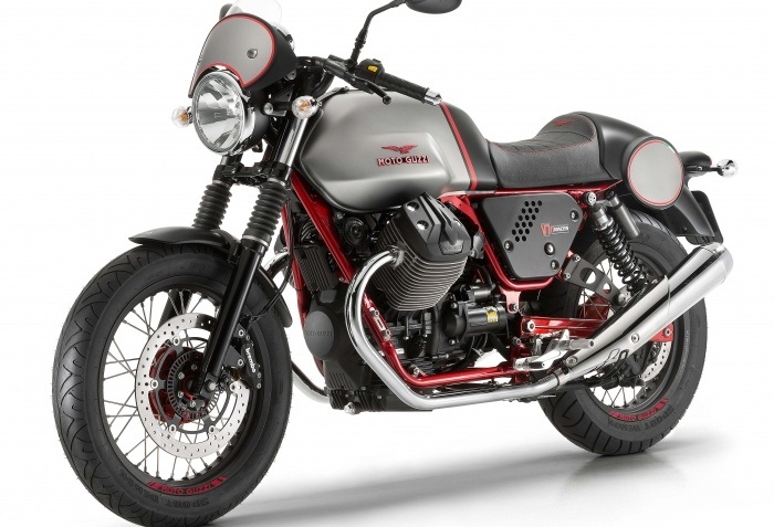 2016 Moto Guzzi V7 II Racer ABS in Middleton, Wisconsin