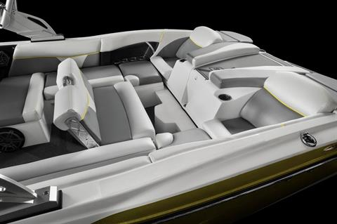 2016 Mastercraft X46 in Lake Zurich, Illinois