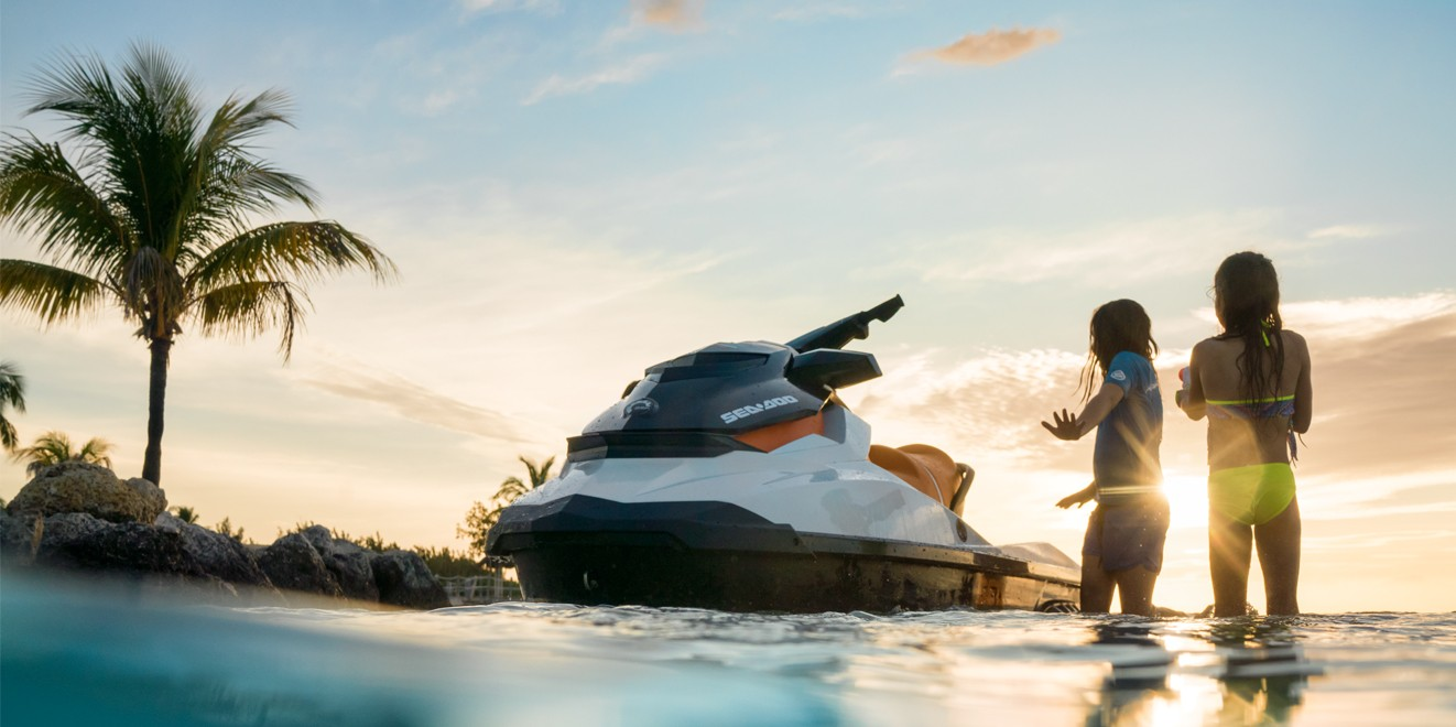 2017 Sea-Doo GTS in Huntington Station, New York