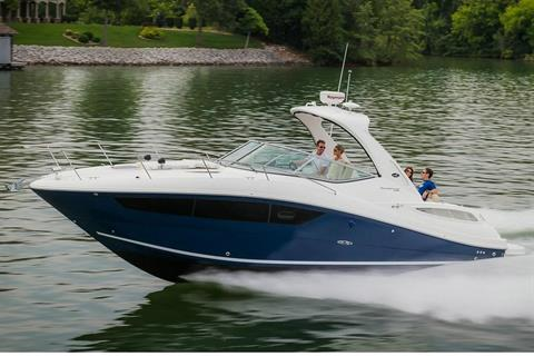 2017 Sea Ray Sundancer 330 in Holiday, Florida
