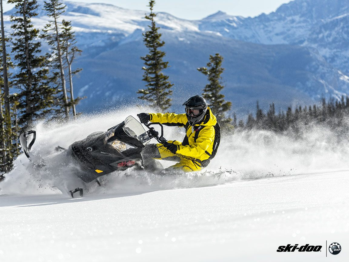 "2016 Ski-Doo Summit SP 146 800R E-TEC E.S., PowderMax 2.5"" in Springville, Utah"