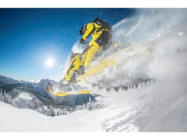 "2016 Ski-Doo Summit X T3 174 800R E-TEC E.S., PowderMax 3.0"" in Dickinson, North Dakota"