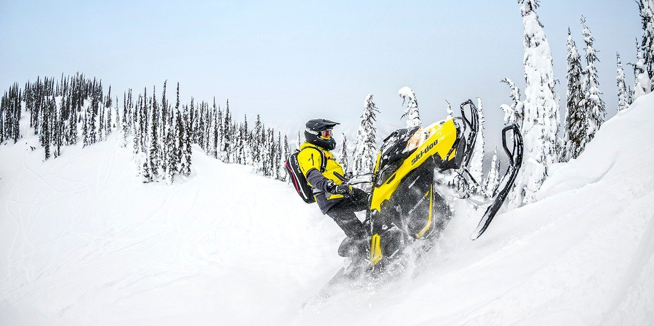"2017 Ski-Doo Summit SP 154 850 E-TEC E.S., PowderMax 2.5"" in Pendleton, New York"