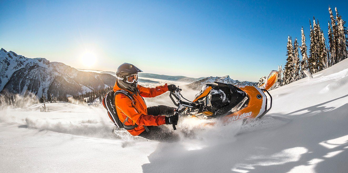 "2017 Ski-Doo Summit X 154 850 E-TEC E.S., PowderMax 2.5"" LAC in Lancaster, New Hampshire"