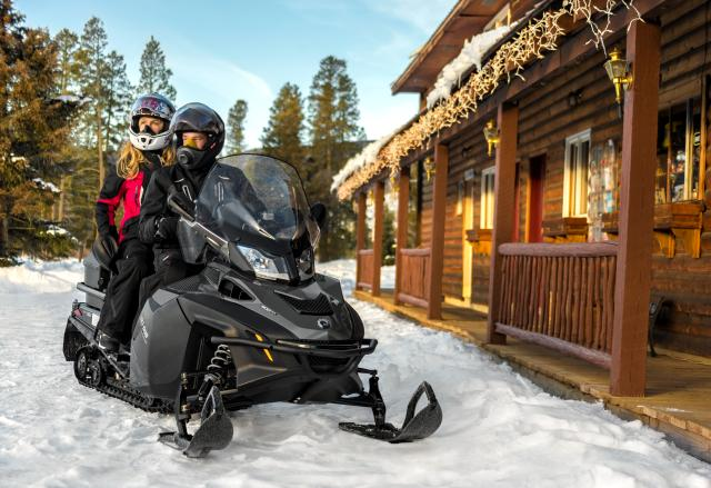 2018 Ski-Doo Expedition SE 600 H.O. E-TEC in Fond Du Lac, Wisconsin