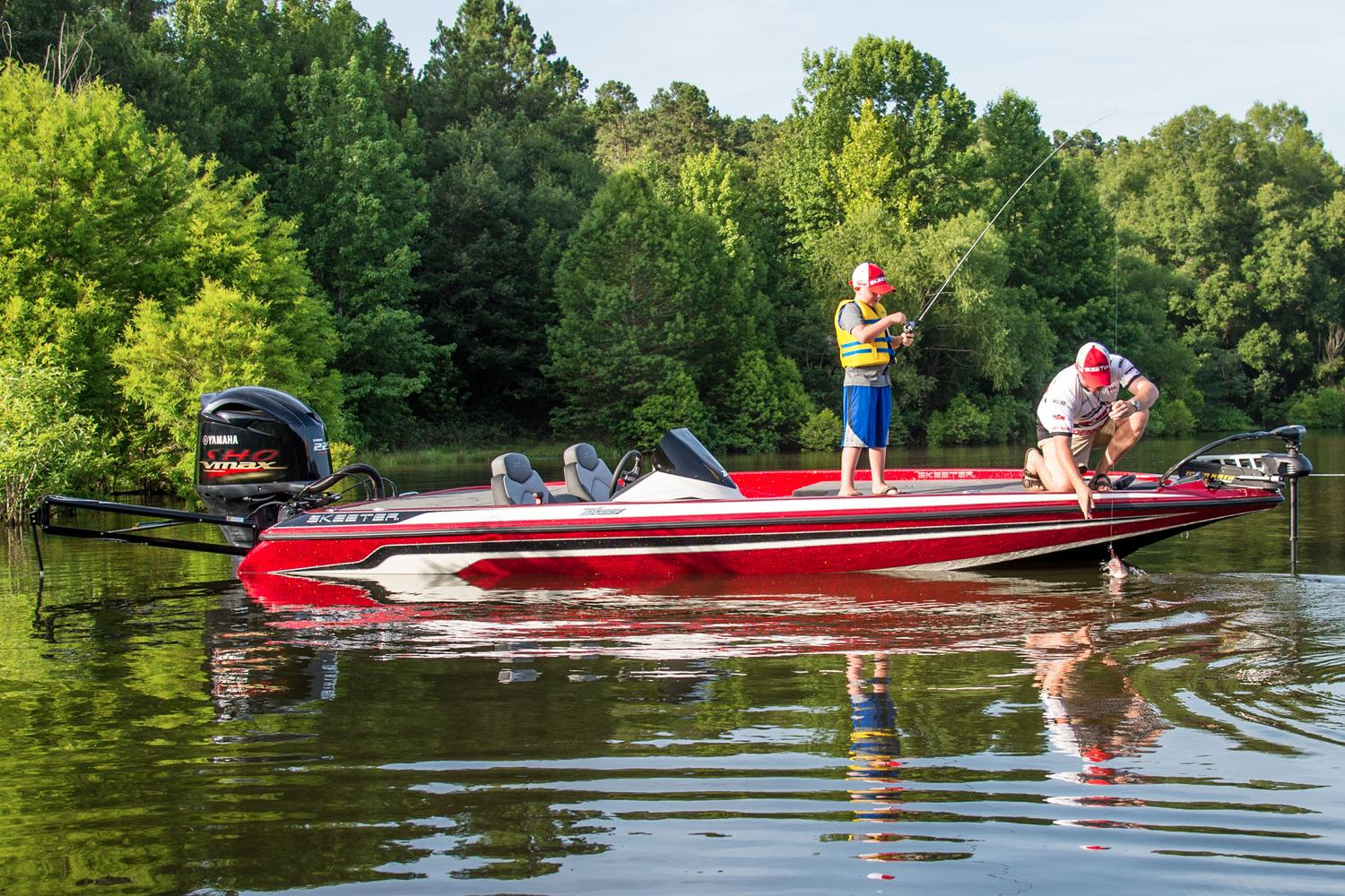2016 Skeeter ZX 225 in Bryant, Arkansas