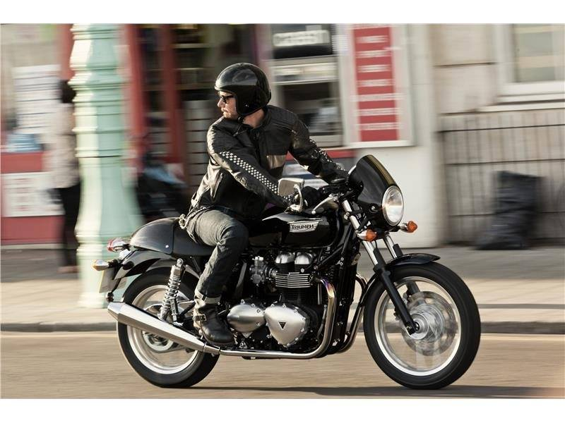 2016 Triumph Thruxton in Bakersfield, California