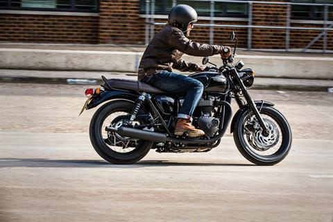 2017 Triumph Bonneville T120 Black in Port Clinton, Pennsylvania