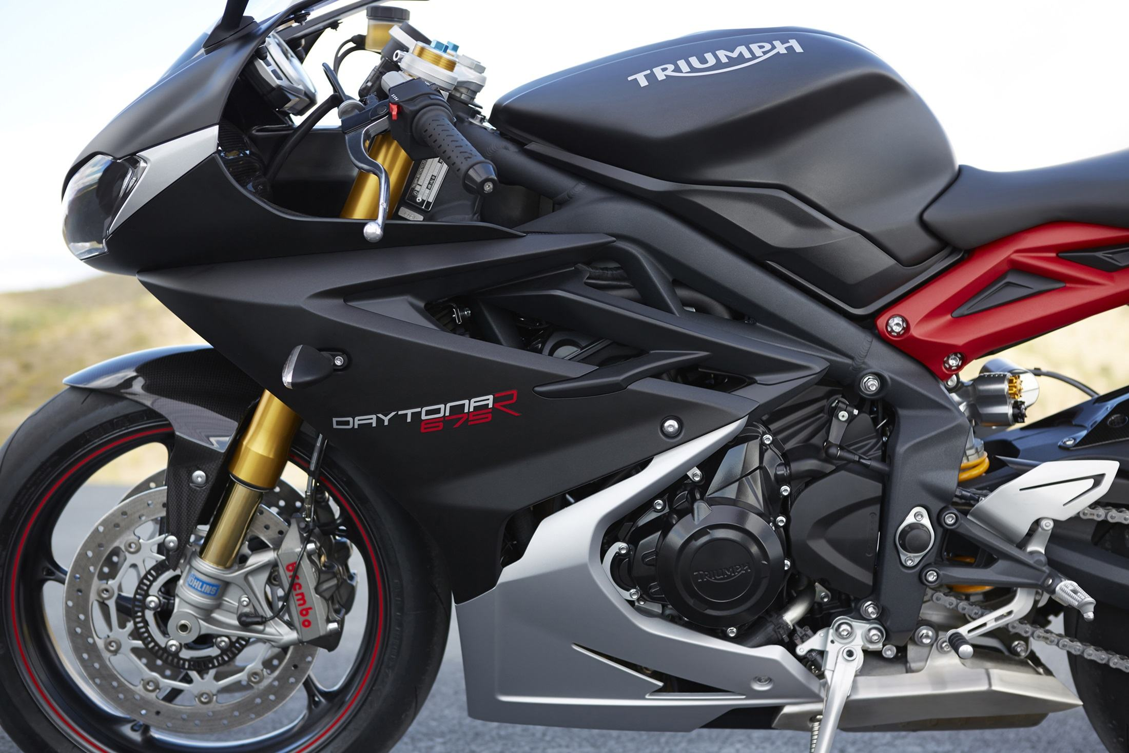 2017 Triumph Daytona 675 R ABS in Manheim, Pennsylvania