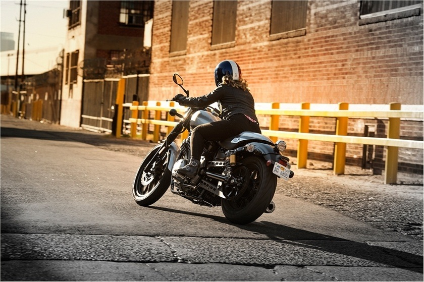 2015 Yamaha Bolt C-Spec in Roseville, California
