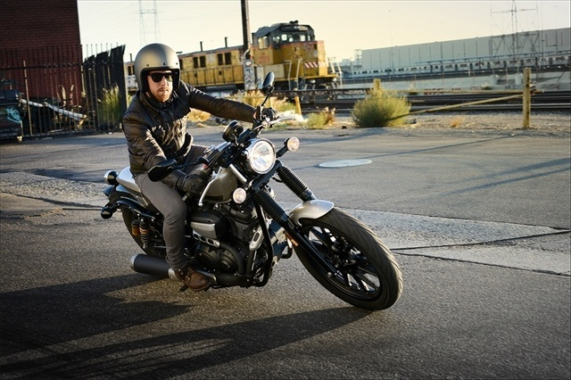2015 Yamaha Bolt C-Spec in Belvidere, Illinois