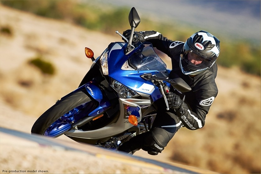2015 Yamaha YZF-R3 in Fontana, California