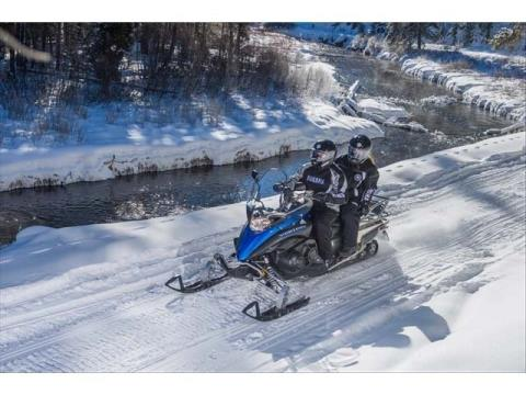 2015 Yamaha Venture MP in Port Washington, Wisconsin