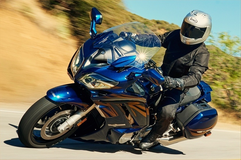 2016 Yamaha FJR1300ES in Simi Valley, California