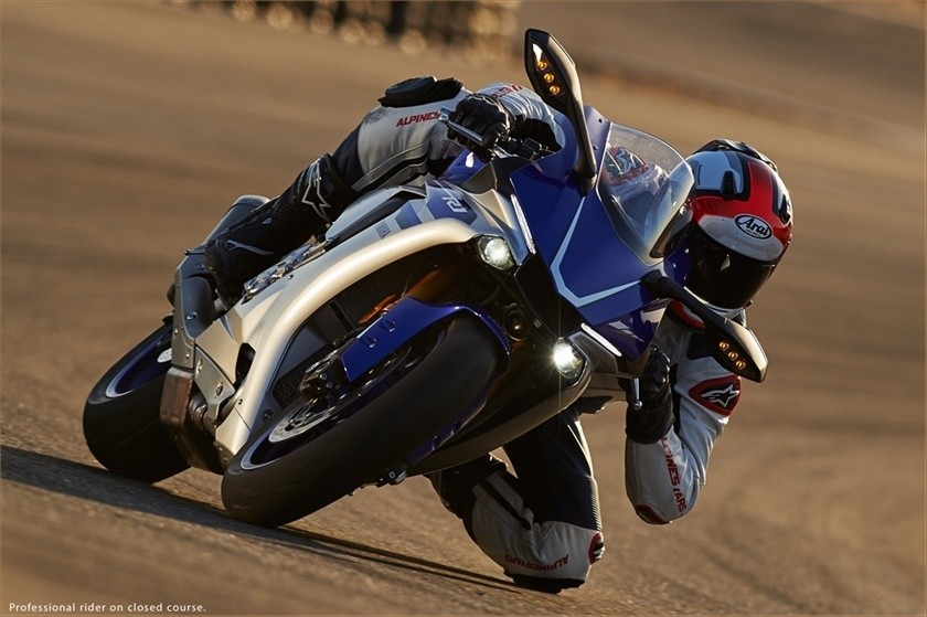 2016 Yamaha YZF-R1 in Elyria, Ohio