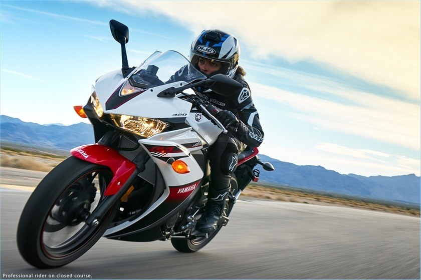 2016 Yamaha YZF-R3 in Monroe, Washington