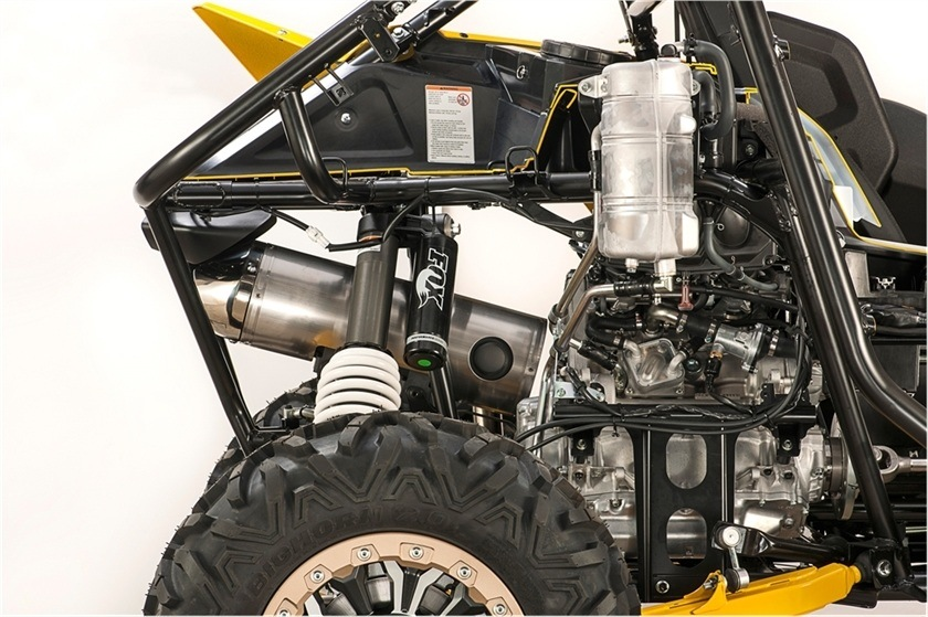 2016 Yamaha YXZ1000R SE in Port Washington, Wisconsin
