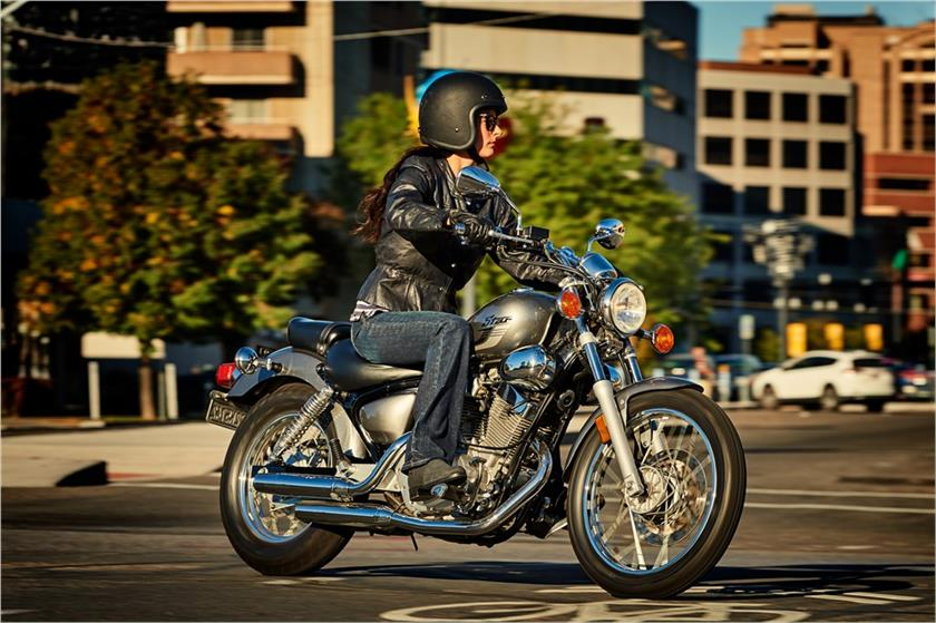 2017 Yamaha V Star 250 in Hickory, North Carolina
