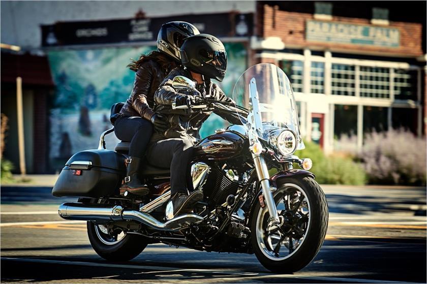 2017 Yamaha V Star 950 Tourer in Hobart, Indiana