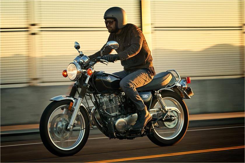 2017 Yamaha SR400 in Miami, Florida
