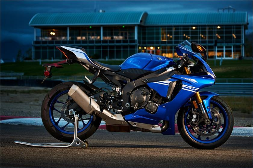 2017 Yamaha YZF-R1 in Hickory, North Carolina