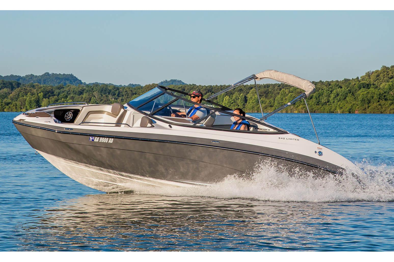 2017 Yamaha 242 Limited E-Series in Hampton Bays, New York