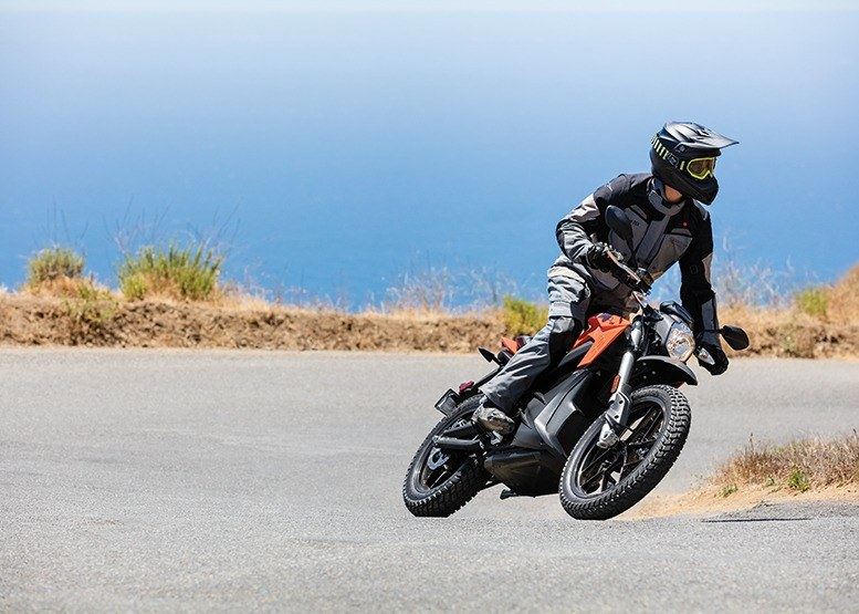 2017 Zero Motorcycles DS ZF6.5 in San Bernardino, California
