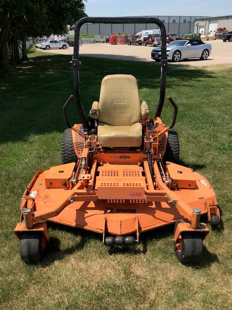 2005 SCAG Power Equipment Turf Tiger™  72 in. (STT72A-35BV-SS) in Beaver Dam, Wisconsin