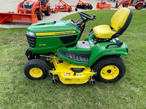 2015 John Deere X734 in Beaver Dam, Wisconsin - Photo 2