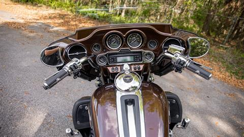 2013 Harley-Davidson Electra Glide® Ultra Limited 110th Anniversary Edition in Lakeland, Florida - Photo 16