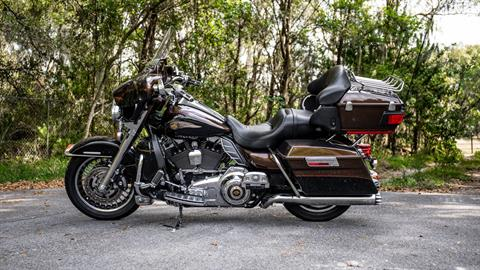 2013 Harley-Davidson Electra Glide® Ultra Limited 110th Anniversary Edition in Lakeland, Florida - Photo 23