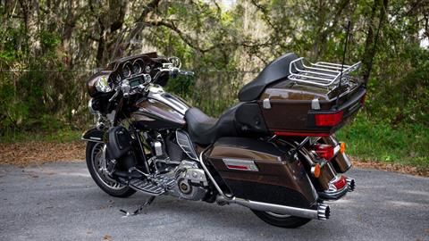 2013 Harley-Davidson Electra Glide® Ultra Limited 110th Anniversary Edition in Lakeland, Florida - Photo 24