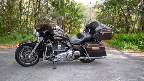 2013 Harley-Davidson Electra Glide® Ultra Limited 110th Anniversary Edition in Lakeland, Florida - Photo 32