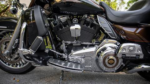 2013 Harley-Davidson Electra Glide® Ultra Limited 110th Anniversary Edition in Lakeland, Florida - Photo 36