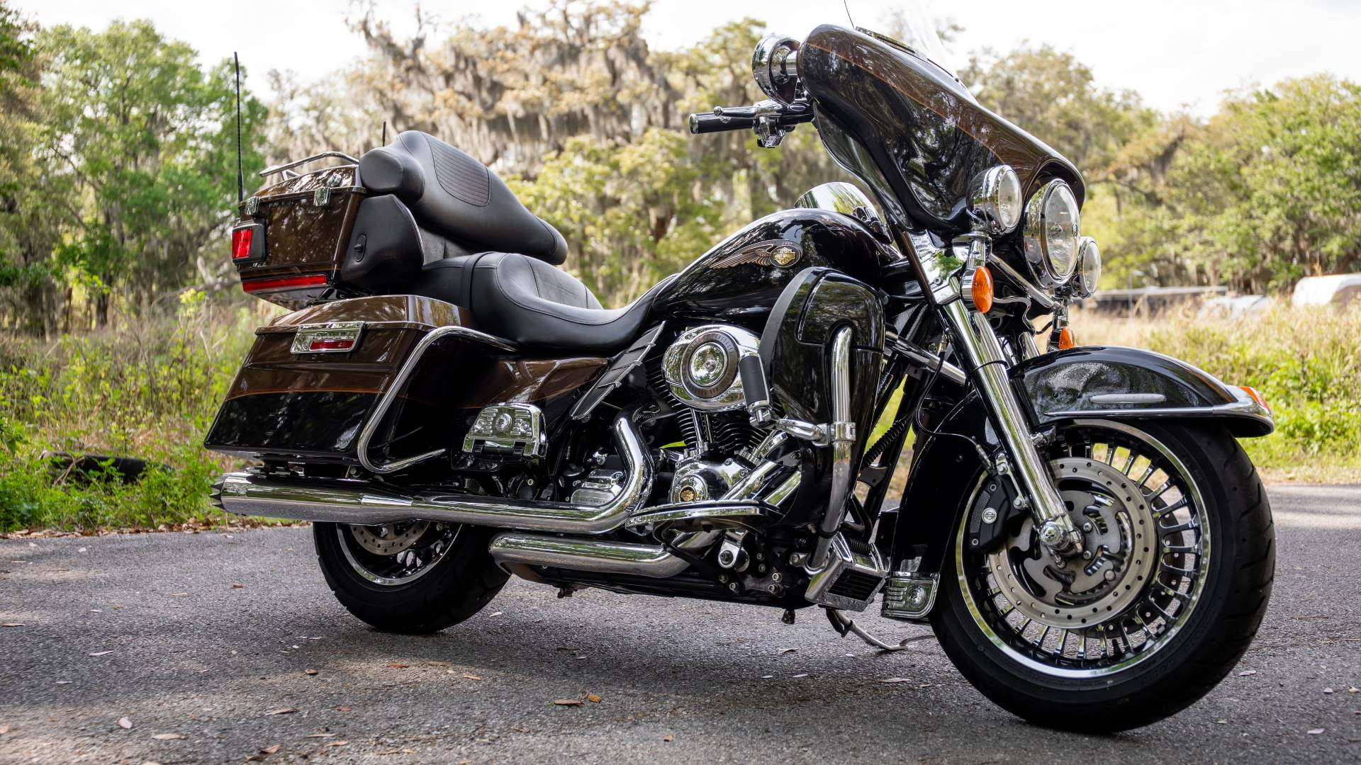 2013 Harley-Davidson Electra Glide® Ultra Limited 110th Anniversary Edition in Lakeland, Florida - Photo 42
