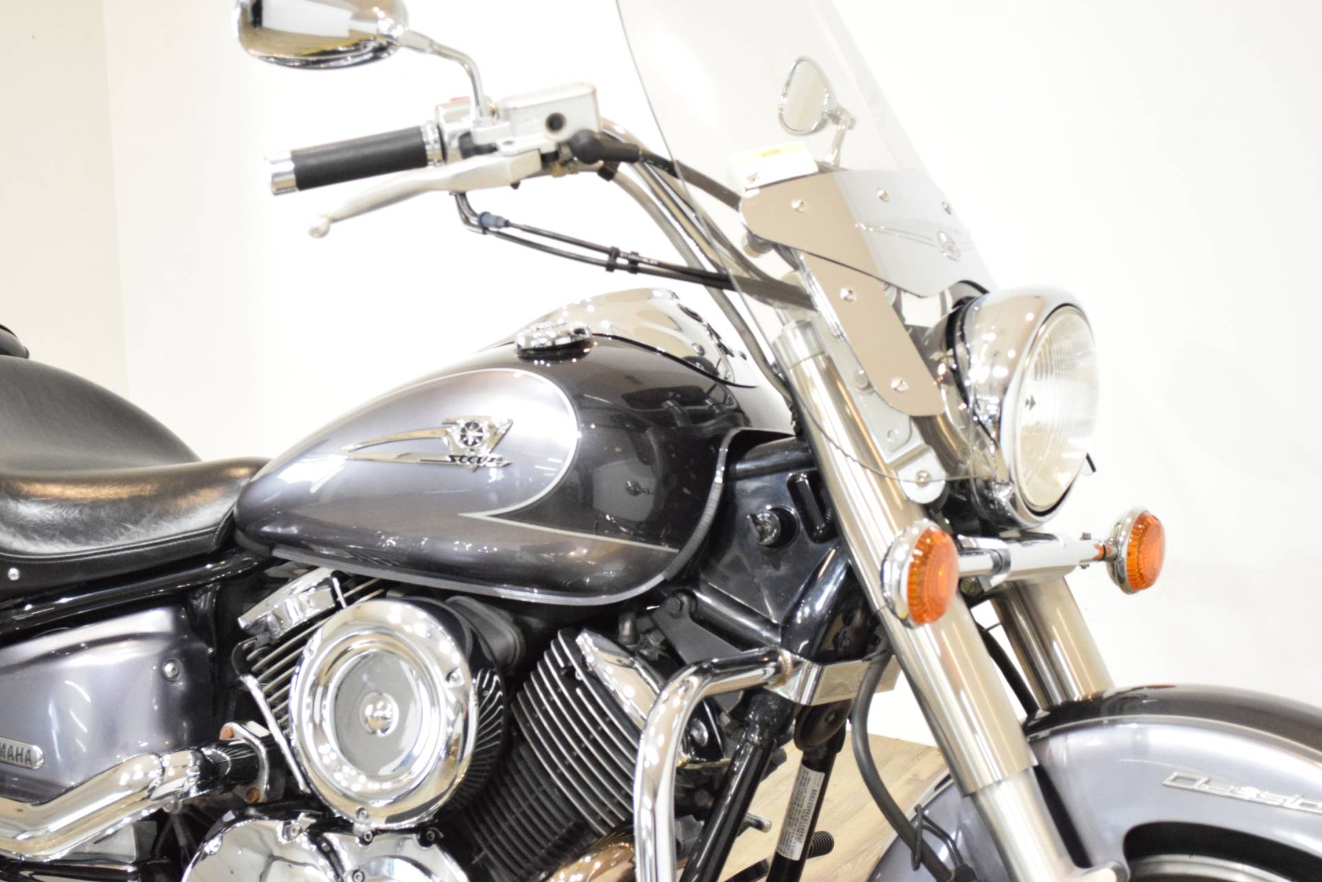 2004 Yamaha V Star 1100 Silverado® in Wauconda, Illinois