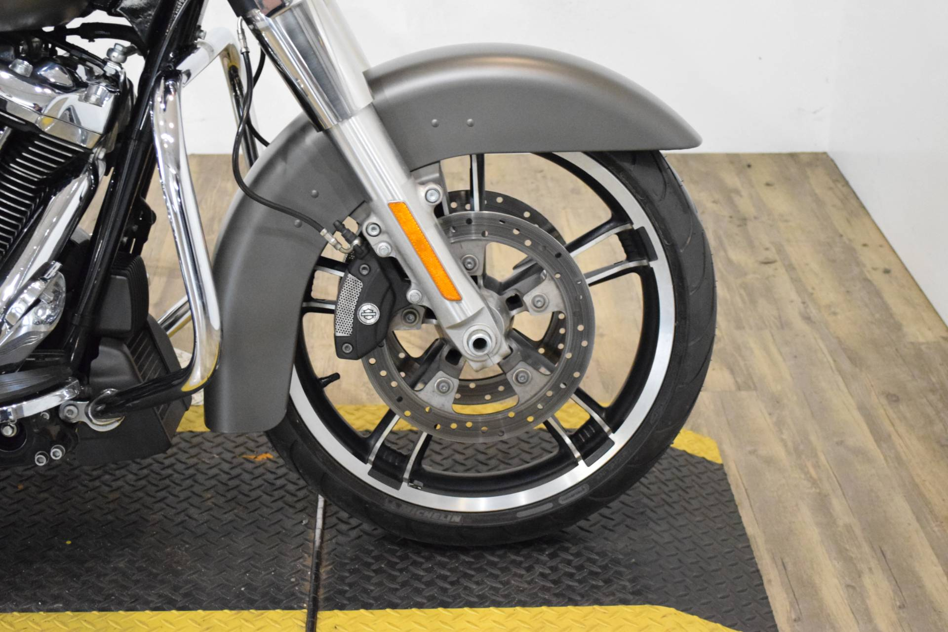 2018 Harley-Davidson Street Glide® in Wauconda, Illinois - Photo 2