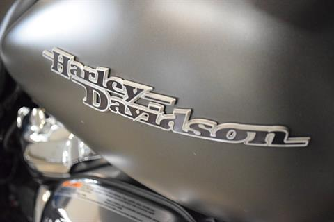 2018 Harley-Davidson Street Glide® in Wauconda, Illinois - Photo 5