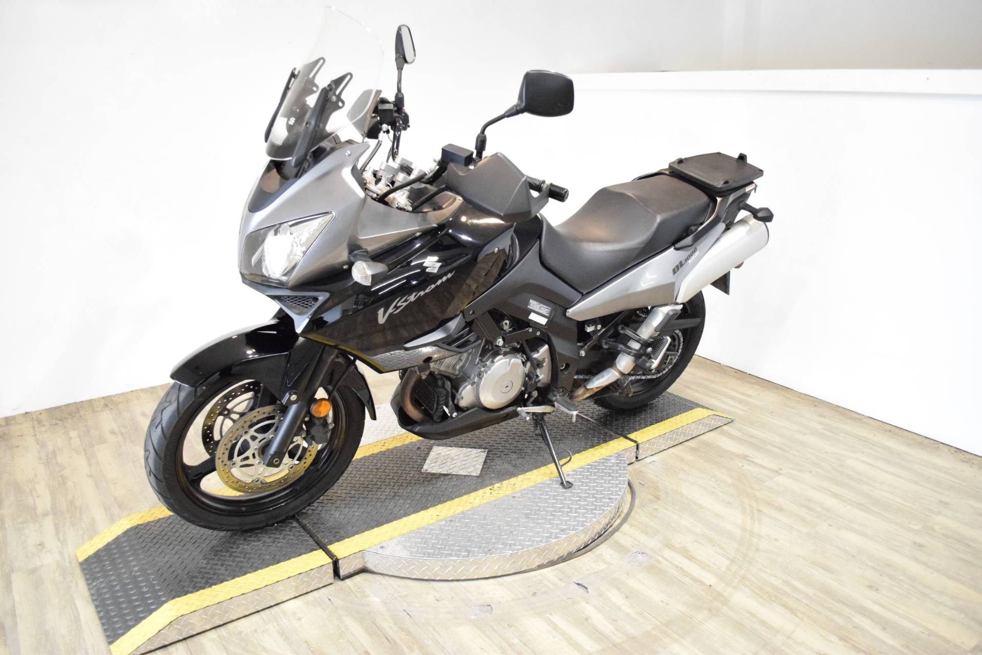 2008 Suzuki V-Strom® 1000 in Wauconda, Illinois - Photo 23