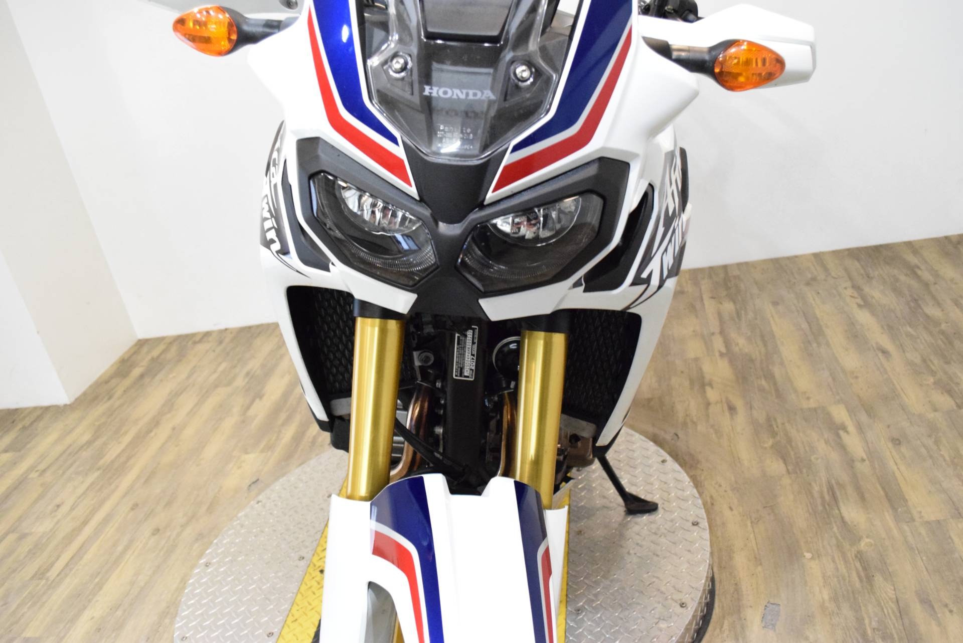 2017 Honda Africa Twin DCT in Wauconda, Illinois - Photo 13